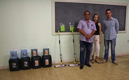 Empresa faz doação de produtos de limpeza para a Santa Casa de Bariri