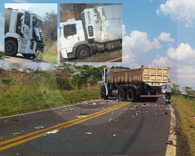Sp-261: Caminhões colidem em curva próximo a condomínio