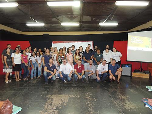 Aula inaugural: Polo Bariri lança trote solidário da Univesp