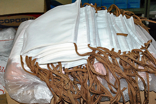 Empresário jauense confecciona máscaras para a Santa Casa