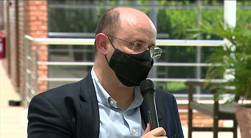 Secretário de Educação defende volta obrigatória das aulas presenciais em São Paulo