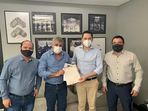 Prefeito de Boraceia busca recursos para infraestrutura e saúde