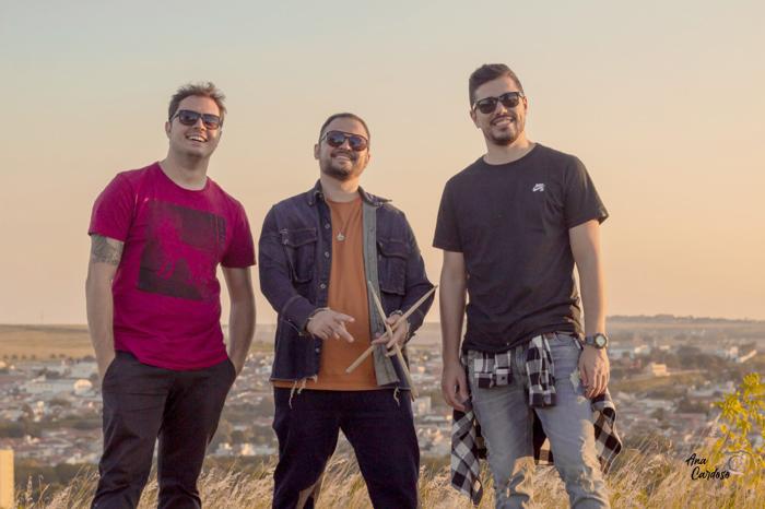 Banda D'Maori lança o single 'Paris'